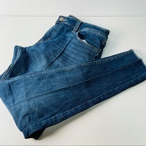 Levi's super skinny darker wash jeans waist 31